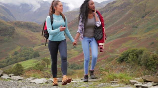 Homosexuelles Paar Wandern