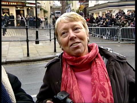 civil partnerships sir elton john 'marries' england berkshire windsor rolls royce car carrying sir elton john and his partner david furnish to their... - 2005 stock-videos und b-roll-filmmaterial