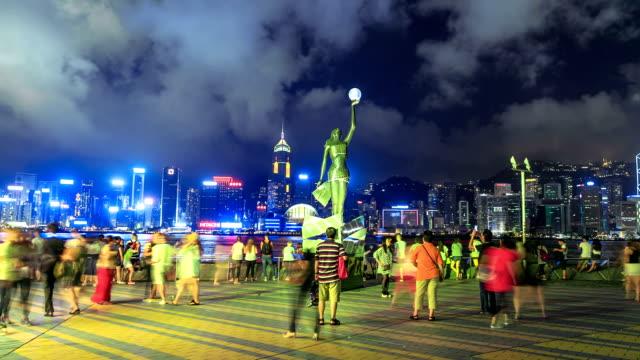 hong kong avenue of stars at night - hong kong stock videos & royalty-free footage