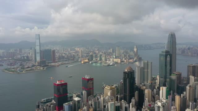 hong kong stadtbild dolly in echtzeit gedreht - high dynamic range imaging stock-videos und b-roll-filmmaterial