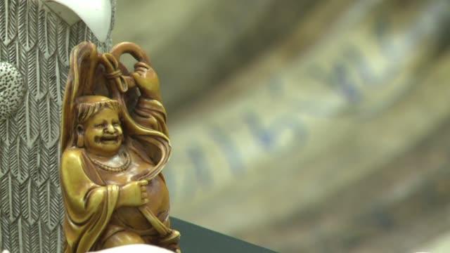 hong kong comenzo el jueves la destruccion de cerca de 30 toneladas de marfil confiscadas a traficantes en la mayor operacion de este tipo en el mundo - afp stock videos & royalty-free footage