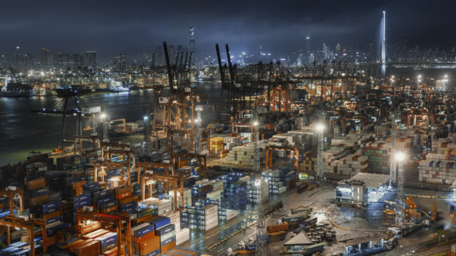 stockvideo's en b-roll-footage met hong kong container port - bouwmachines