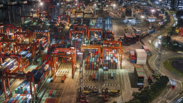 hong kong container port - mezzo di trasporto video stock e b–roll