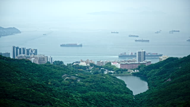 vídeos de stock e filmes b-roll de hd: hong kong baía, panorama de águas profundas, - victoria peak