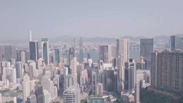 stockvideo's en b-roll-footage met hong kong jockey club racecourse in happy valley. aerial drone view - hong kong