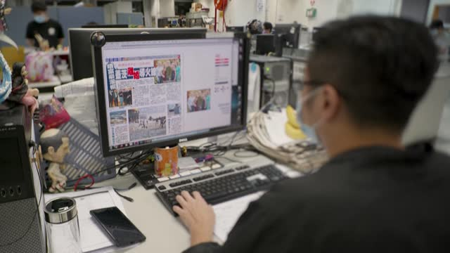 CHN: FILE images of Hong Kong's Apple Daily newsroom