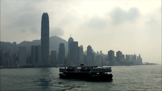 stockvideo's en b-roll-footage met hong kong star ferry across victoria harbour - star ferry