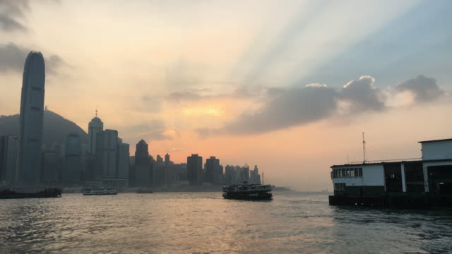 stockvideo's en b-roll-footage met hong kong star ferry pier - star ferry