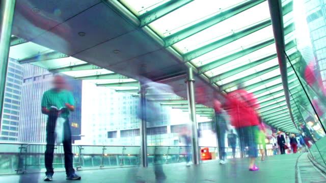 zeitraffer-hong kong stadtleben - trolleybus stock-videos und b-roll-filmmaterial