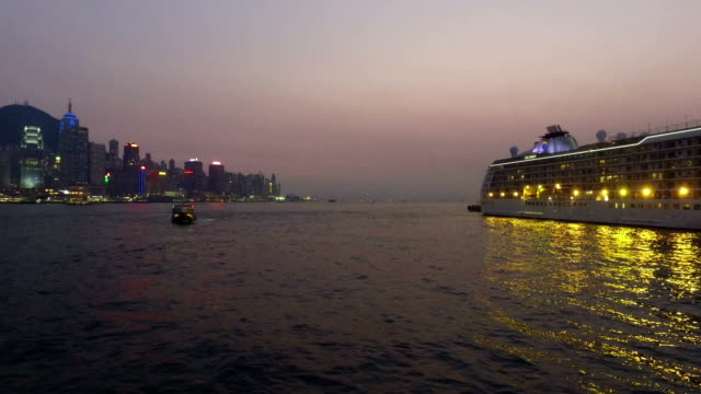 stockvideo's en b-roll-footage met hong kong victoria harbor and star ferry - star ferry