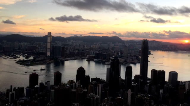 Hong Kong victoria peak sunrise at morning tilt up
