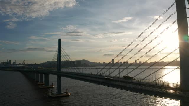 hong kong-zhuhai-macao bridge - 晴れている点の映像素材/bロール