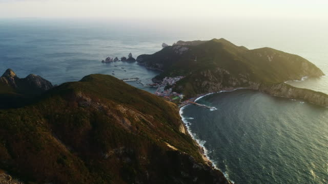 hongdo port / sinan-gun, jeollanam-do, south korea - vista marina stock videos & royalty-free footage