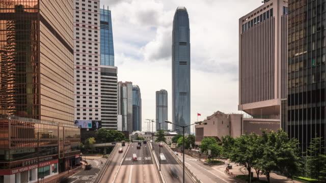 vidéos et rushes de t/l ws td hongkong central building/street view - île de hong kong