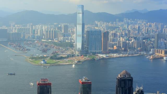 skyline von hongkong - berg victoria peak stock-videos und b-roll-filmmaterial