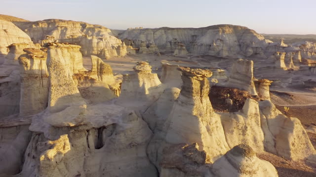 ms hoodoo rock formations - rock hoodoo stock videos & royalty-free footage