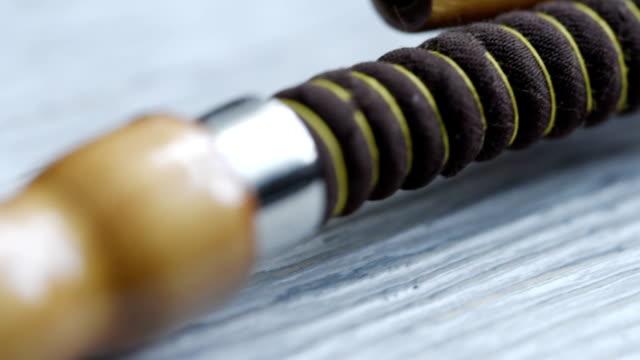 vídeos y material grabado en eventos de stock de dolly de cachimba tiro - boquilla producto relacionado con el tabaco