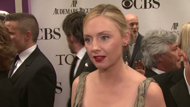 Hope Davis talks about working with her 'God of Carnage' cast what she loves about going to the Tonys and what makes theater such an amazing art form...