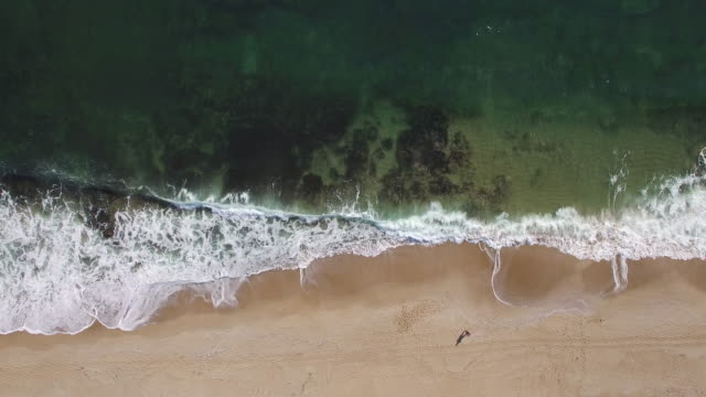 4K Horizontal aerial view of seaside