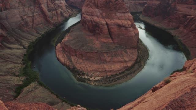 horse shoe bend: the colorado river - grand canyon video stock e b–roll
