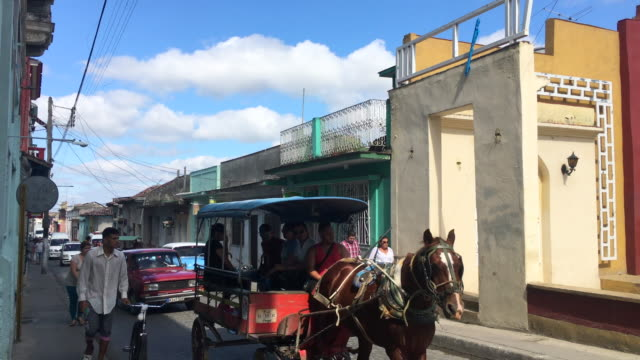 horse-drawn carriage transport commuters inside the city. this covers the line from the train station to the hospital . after the fall of the... - horsedrawn stock videos & royalty-free footage