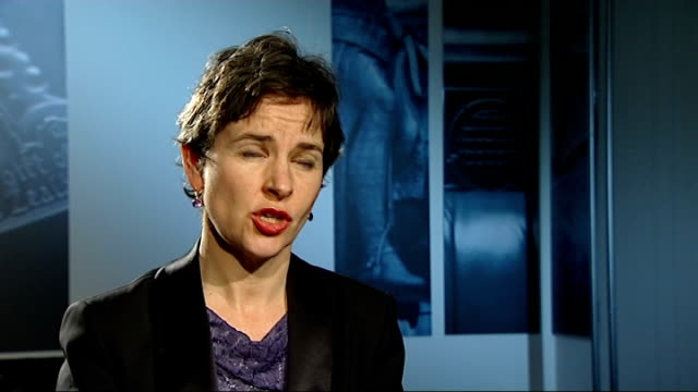 european ministers call for testing mary creagh mp interview sot - 馬肉点の映像素材/bロール