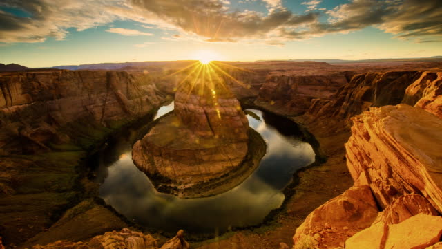 t/l 8k horseshoe bend at dusk - rock formation stock videos & royalty-free footage