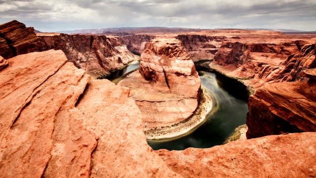 horseshoe bend time lapse - rock formation stock videos & royalty-free footage