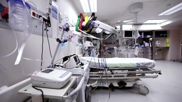 hospital postoperative zimmer - operating stock-videos und b-roll-filmmaterial