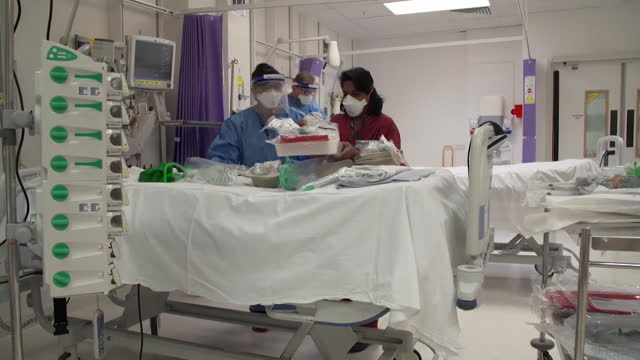 hospital ward being converted into a intensive care unit for covid-19 patients at university college hospital, london, as hospital admissions rapidly... - ward stock videos & royalty-free footage