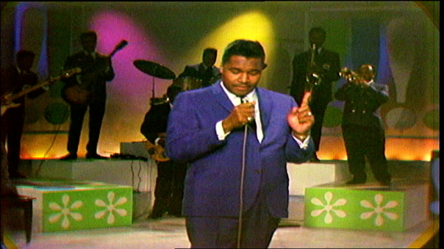 """host bill """"hoss"""" allen thanks clarence """"gatemouth"""" brown and the """"beat boys,"""" . allen introduces little milton. little milton performs """"blind man""""... - television show stock videos & royalty-free footage"""