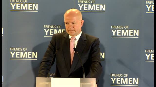 """vídeos y material grabado en eventos de stock de hosts """"friends of yemen"""" conference in london; asked if a yemeni style transition is possible in syria sot hague answer sot - talks of discussions he... - export palabra en inglés"""