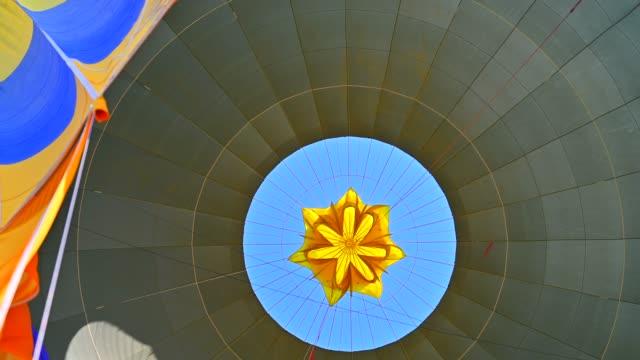 日の出飛行熱気球 - 熱気球点の映像素材/bロール