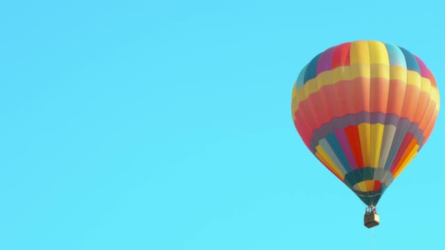 hot air balloon - hot air balloon stock videos & royalty-free footage