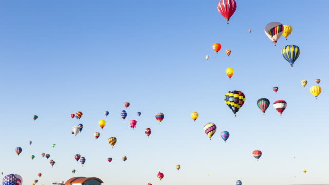 hot air balloons at albuquerque balloon fiesta - hot air balloon stock videos & royalty-free footage