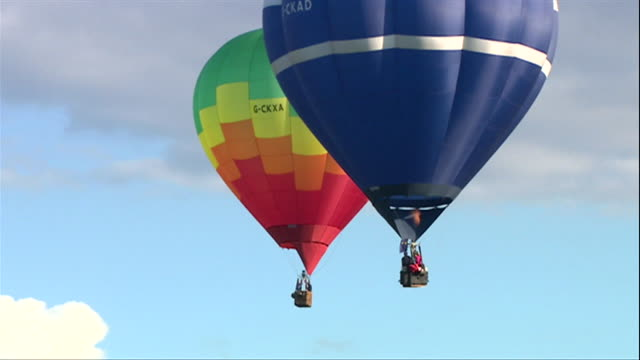 hot air balloons in sky over bristol - multi coloured stock videos & royalty-free footage