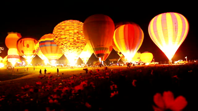 hot air balloons. - hot air balloon stock videos & royalty-free footage