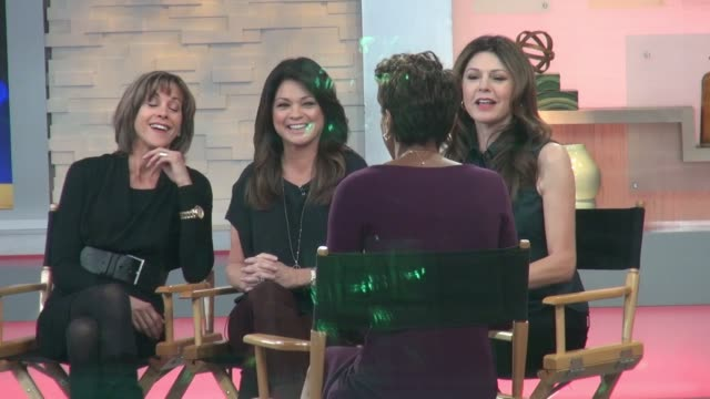'hot in cleveland' stars wendie malick, valerie bertinelli, and jane leeves at the good morning america studio on november 04, 2014 in new york city. - wendie malick stock videos & royalty-free footage