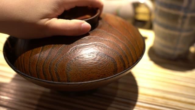 温かい日本の海鮮スープ - 魚介類点の映像素材/bロール