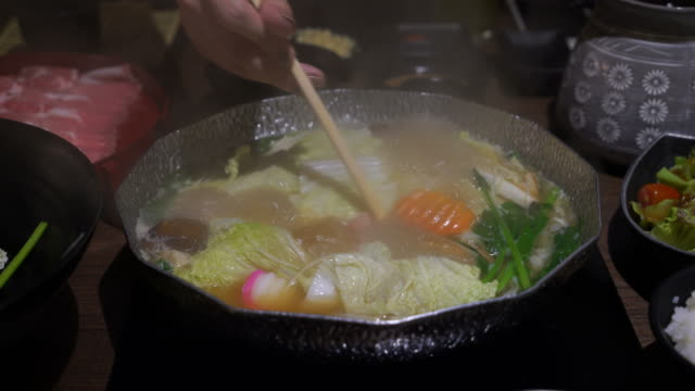 Hot Pot for Japanese Shabu Shabu and Sukiyaki