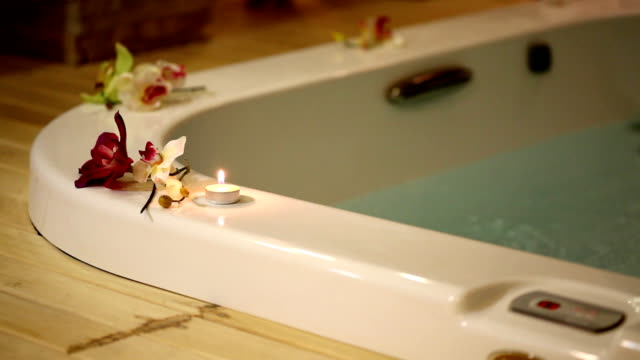 hot tub (hd - schaumbad stock-videos und b-roll-filmmaterial