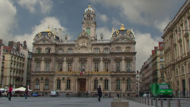 stockvideo's en b-roll-footage met hotel de ville - lyon, france - town hall