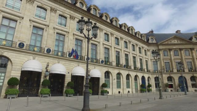 vídeos de stock e filmes b-roll de hotel ritz paris - praça vendome