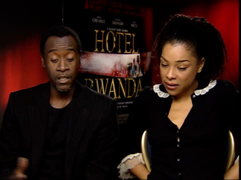 'hotel rwanda'; england london int don cheadle interview sot - one woman was having hard time getting through her scene, they said she wants to talk/... - sophie okonedo stock videos & royalty-free footage