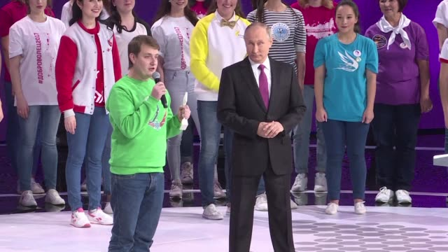 Hours before officially confirming he would seek a new sixyear term in the country's March elections Russian President Vladimir Putin dodged a...