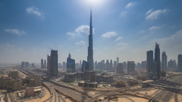 24 hours looking at downtown dubai - cambiamento video stock e b–roll