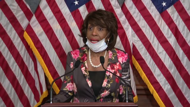 house financial services committee chair maxine waters of california says at a bill signing ceremony for the paycheck protection program and health... - disegno di legge video stock e b–roll