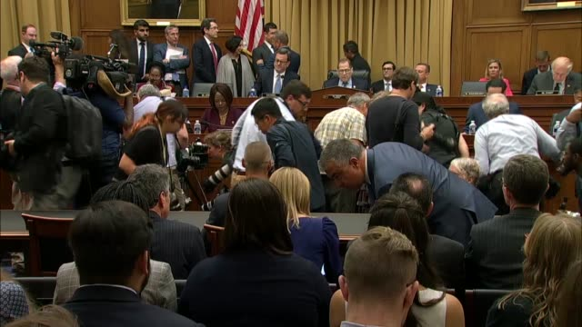 house judiciary committee chairman jerry nadler gavels in his news photographers disperse, explaining that the hearing would be about obstruction of... - court hearing stock videos & royalty-free footage
