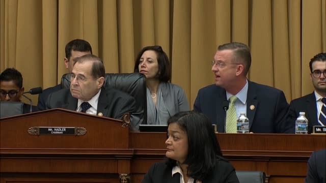 stockvideo's en b-roll-footage met house judiciary committee ranking republican doug collins of georgia says at a hearing a day after attorney general bill barr declined to testify... - procureur generaal