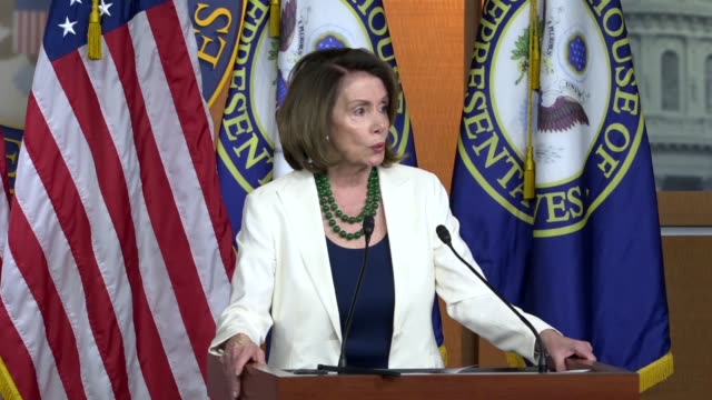 house minority leader nancy pelosi of california says at a weekly press conference that the day before america witnessed the inspiring example of... - controllo delle armi da fuoco video stock e b–roll